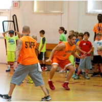 kids playing basketball at HD and BC Summer Camps